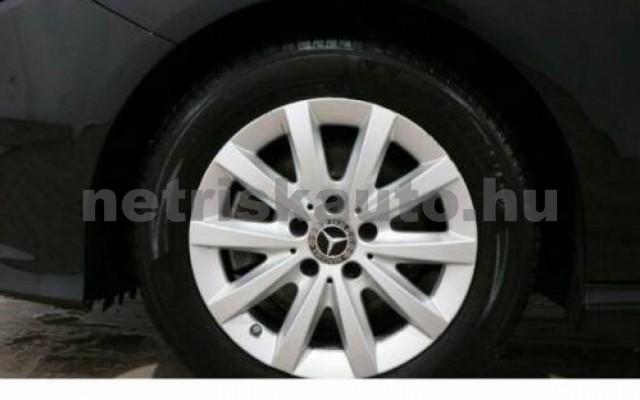 B 200 személygépkocsi - 2143cm3 Diesel 105745 4/11