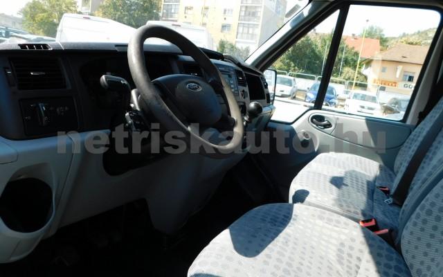 FORD Transit 2.2 TDCi 250 S Ambiente tehergépkocsi 3,5t össztömegig - 2198cm3 Diesel 49981 6/12