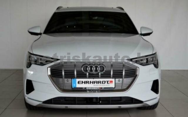 AUDI e-tron személygépkocsi - 2000cm3 Kizárólag elektromos 42578 5/7