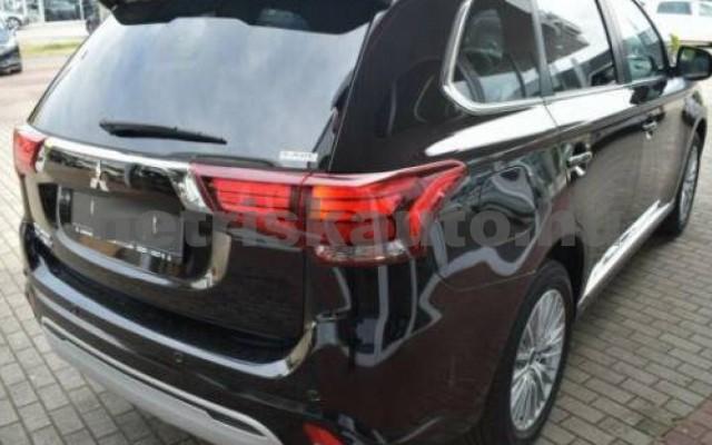 Outlander személygépkocsi - 2360cm3 Hybrid 105725 2/10