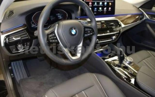 520 személygépkocsi - 1995cm3 Diesel 105130 8/12