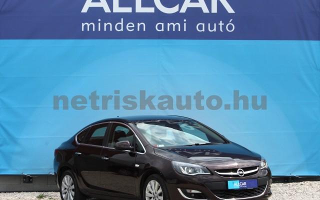 OPEL Astra 1.6 Active Aut. személygépkocsi - 1598cm3 Benzin 18630 3/12