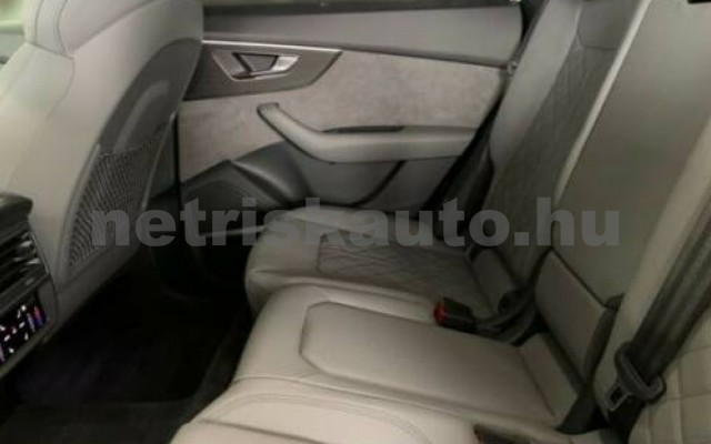 SQ8 személygépkocsi - 3996cm3 Benzin 104951 5/9