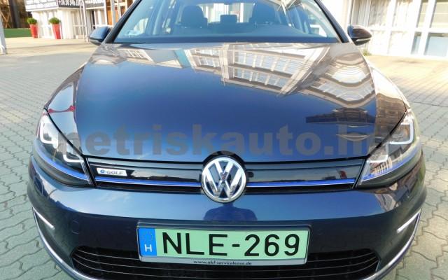 VW Golf e-Golf személygépkocsi - cm3 Kizárólag elektromos 44856 4/12
