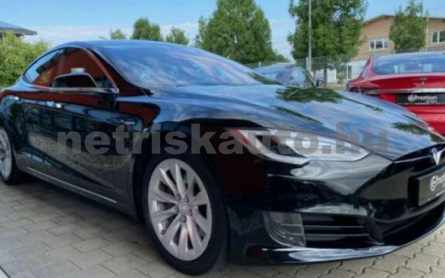 Model S személygépkocsi - cm3 Kizárólag elektromos 106215 6/12
