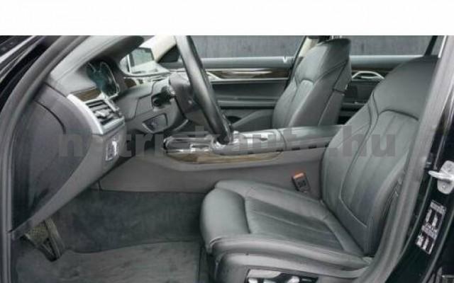 BMW 740 személygépkocsi - 2998cm3 Benzin 110015 9/12