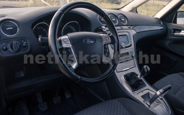 FORD Galaxy 2.0 TDCi Ghia [7sz] személygépkocsi - 1997cm3 Diesel 18601 5/8
