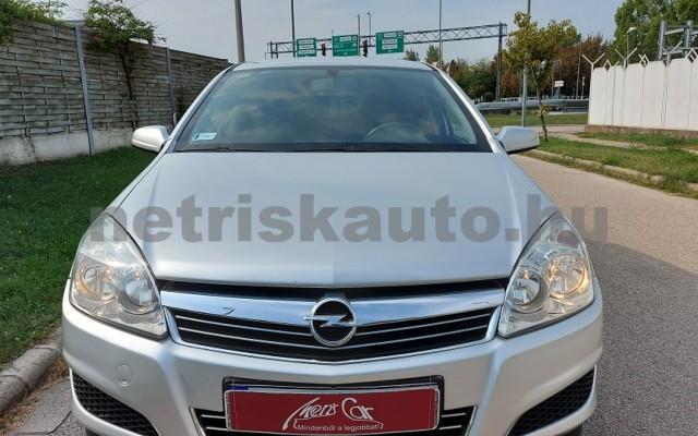 OPEL Astra 1.9 CDTI Enjoy személygépkocsi - 1910cm3 Diesel 52546 4/28