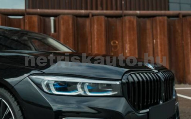BMW M760 személygépkocsi - 6592cm3 Benzin 55704 5/7