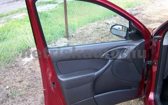 FORD Focus 1.4 Ambiente személygépkocsi - 1388cm3 Benzin 104522 10/11