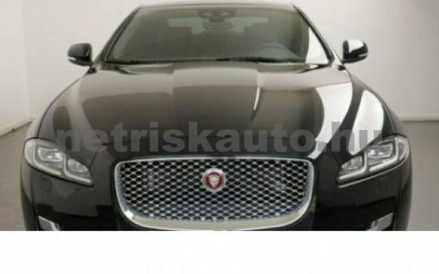 XJ személygépkocsi - 2993cm3 Diesel 105458 3/12