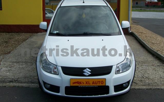 SUZUKI SX4 1.5 GS személygépkocsi - 1490cm3 Benzin 44771 6/12