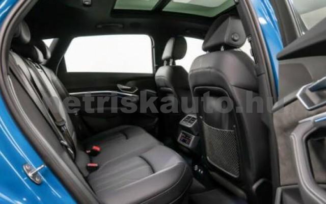 AUDI e-tron személygépkocsi - cm3 Kizárólag elektromos 104992 3/8