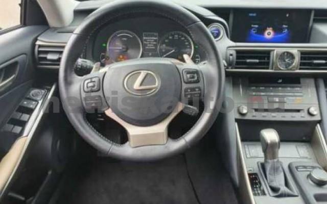 LEXUS IS 300 személygépkocsi - 2494cm3 Hybrid 110609 8/10