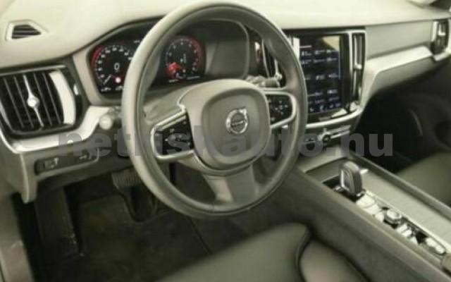 V60 személygépkocsi - 1969cm3 Hybrid 106399 6/10