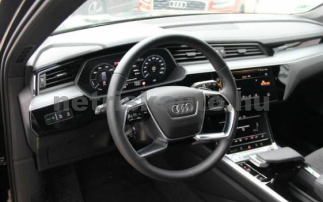 AUDI e-tron személygépkocsi - 2000cm3 Kizárólag elektromos 42571 6/7