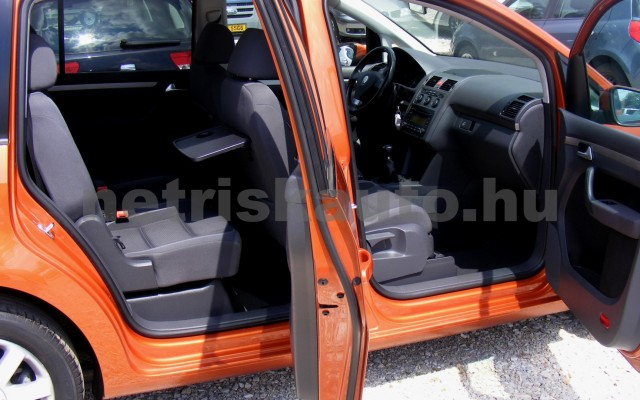 VW Touran 1.4 TSi Highline személygépkocsi - 1390cm3 Benzin 47406 8/10