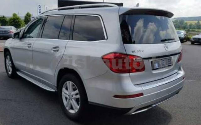GLS 350 személygépkocsi - 2987cm3 Diesel 106055 2/9