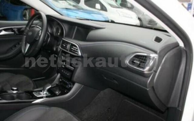 INFINITI Q30 személygépkocsi - 1595cm3 Benzin 110370 4/12