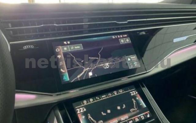AUDI SQ8 személygépkocsi - 3996cm3 Benzin 109673 12/12