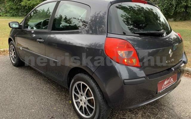 RENAULT Clio 1.4 16V Dynamique személygépkocsi - 1390cm3 Benzin 106537 3/29