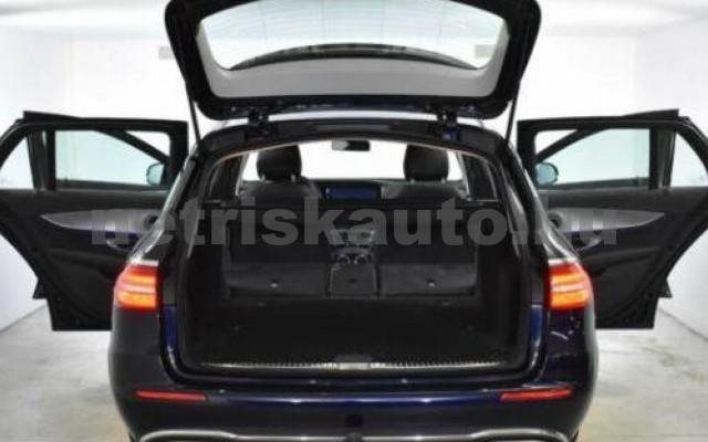 E 400 személygépkocsi - 2925cm3 Diesel 105869 6/12