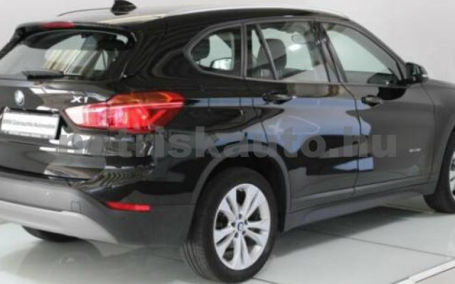 BMW X1 személygépkocsi - 1499cm3 Benzin 55714 2/7