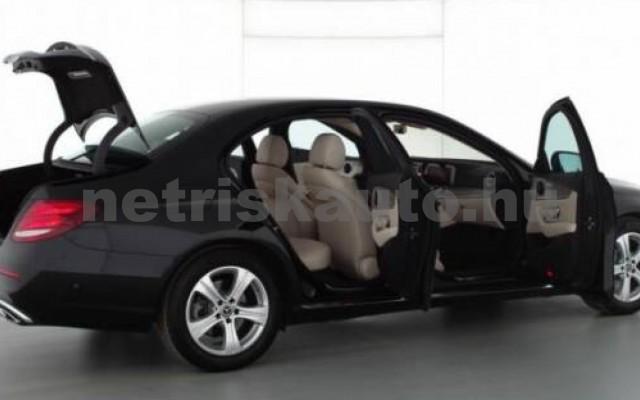 E 300 személygépkocsi - 1991cm3 Benzin 105842 2/7