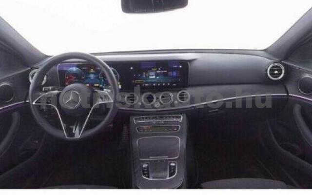 E 400 személygépkocsi - 2925cm3 Diesel 105881 6/9