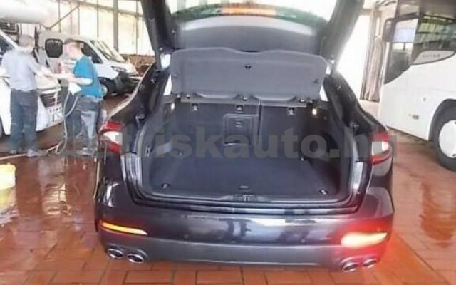 Levante személygépkocsi - 2987cm3 Diesel 105681 3/6