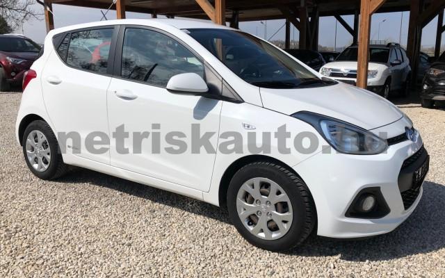 HYUNDAI i10 1.0i Life S&S EURO6 személygépkocsi - 998cm3 Benzin 81421 3/12