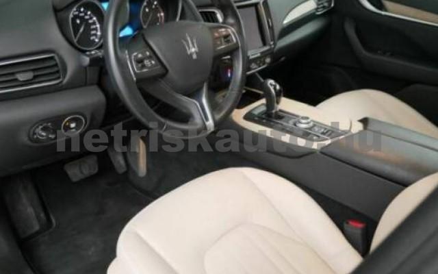 Levante személygépkocsi - 2987cm3 Diesel 105684 7/9