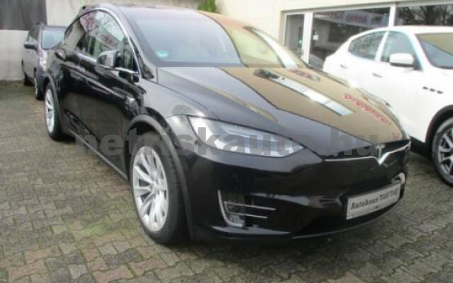 TESLA Model X személygépkocsi - 2000cm3 Kizárólag elektromos 39967 2/7