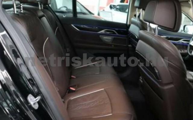 BMW 730 személygépkocsi - 2993cm3 Diesel 109989 12/12