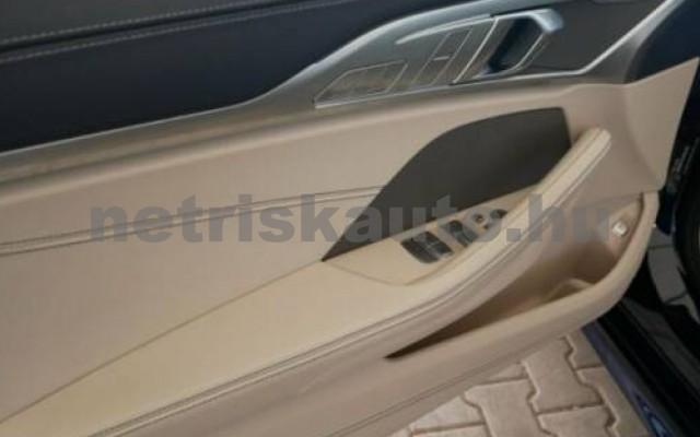 840 személygépkocsi - 2998cm3 Benzin 105214 5/12