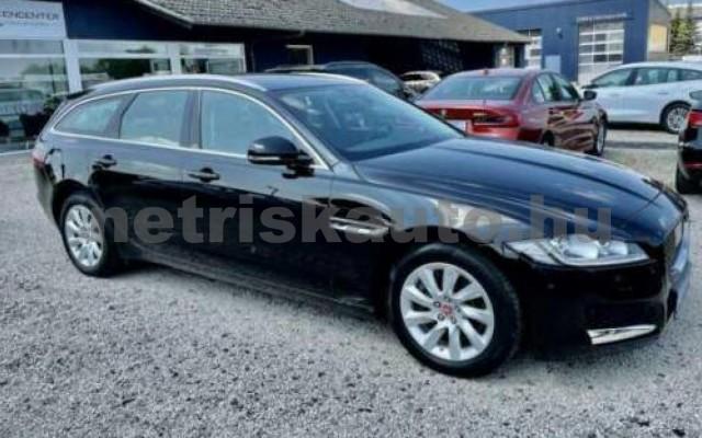 XF 2.0 i4D Pure Aut. személygépkocsi - 1999cm3 Diesel 105452 10/12