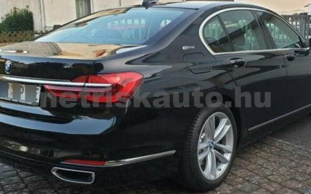BMW 740 személygépkocsi - 1998cm3 Hybrid 105167 9/12