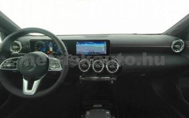 A 200 személygépkocsi - 1950cm3 Diesel 105730 4/8