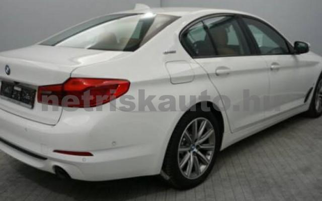 BMW 530 személygépkocsi - 1998cm3 Hybrid 109885 7/12
