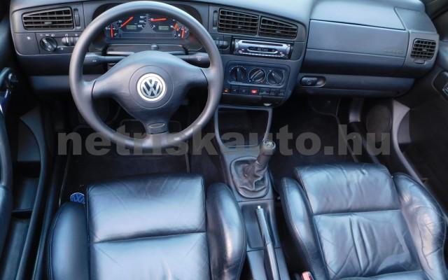 VW Golf 1.6 Highline személygépkocsi - 1595cm3 Benzin 101310 6/12