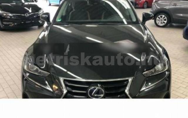 IS 300 személygépkocsi - 2494cm3 Hybrid 105604 2/11