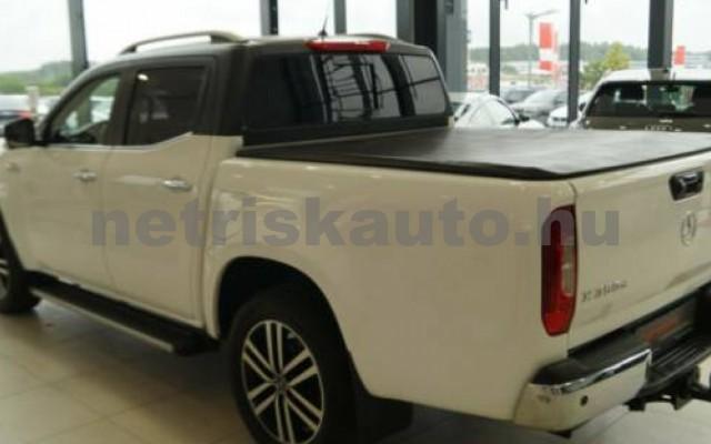 X 350 személygépkocsi - 2987cm3 Diesel 106163 2/11