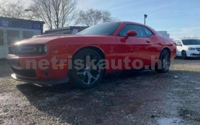 Challenger személygépkocsi - 5654cm3 Benzin 105408 3/12