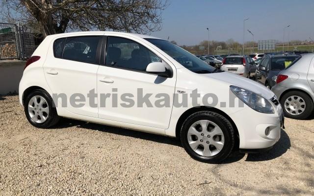 HYUNDAI i20 1.25 DOHC Comfort személygépkocsi - 1248cm3 Benzin 42316 10/12