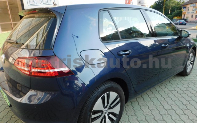 VW Golf e-Golf személygépkocsi - cm3 Kizárólag elektromos 44856 12/12