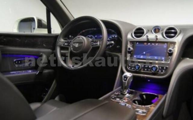Bentayga személygépkocsi - 3956cm3 Diesel 105015 6/12