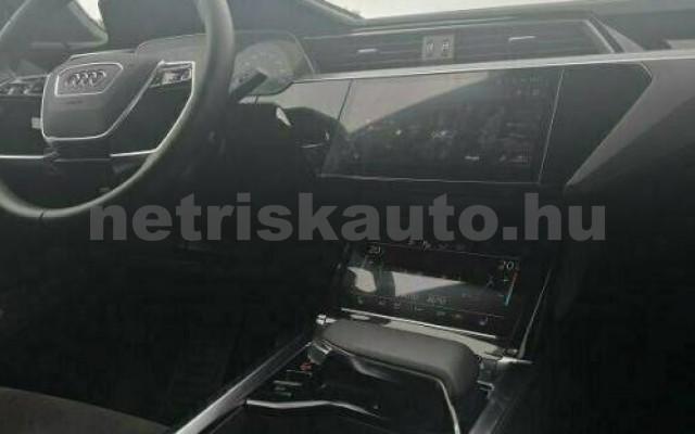 AUDI e-tron személygépkocsi - cm3 Kizárólag elektromos 109690 4/10