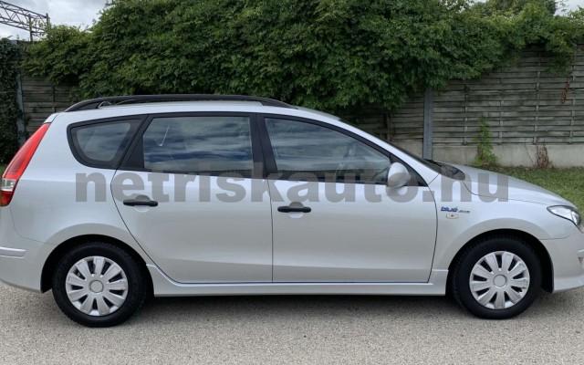 HYUNDAI i30 CW személygépkocsi - 1396cm3 Benzin 106520 6/35