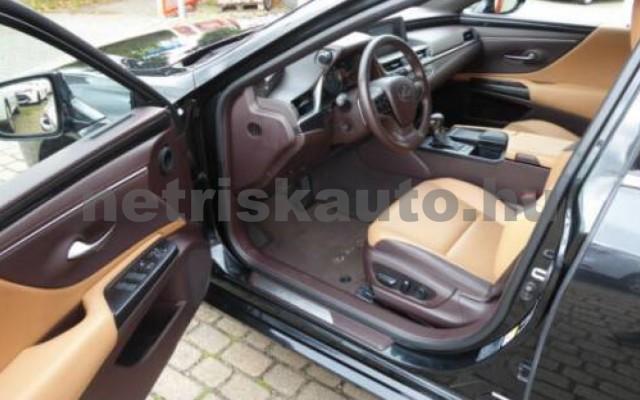 ES 300 személygépkocsi - 2487cm3 Hybrid 105613 5/12