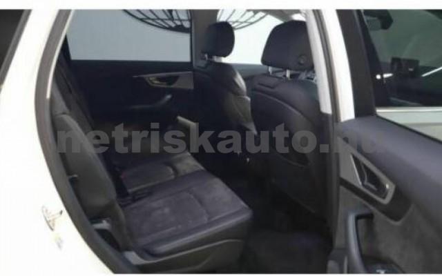 AUDI Q7 személygépkocsi - 2967cm3 Diesel 104780 10/12